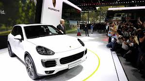 porsche cayenne 2014 world premiere of the porsche cayenne s e hybrid