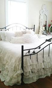 Shabby Chic Bed Frame 25 Delicate Shabby Chic Bedroom Decor Ideas Shelterness