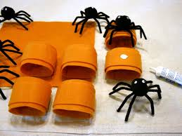 how to make spider napkin rings hgtv