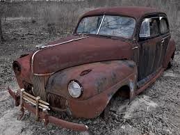 1941 ford deluxe with 1946 nash ornament by
