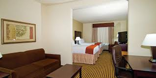 hotel in marble falls texas hill country holiday inn express