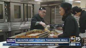 feeding the homeless on thanksgiving nonprofit organizations feeding phoenix homeless on thanksgiving