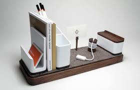 i o desk organiser