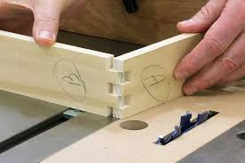 Finger Joints Woodworking Plans by Making Box Joints Table Saw Jig Woodworking