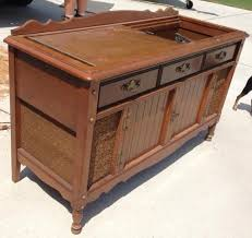 Homemade Stereo Cabinet Diy Record Player Cabinet Do It Your Self