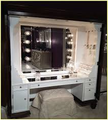 Vanity Makeup Desk With Mirror Vanity Tables With Hollywood Style Homesfeed