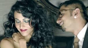 Seeking Honey Song Honey Singh Booked For His Vulgar Song Hoon Balatkari