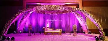 Marriage Decorations Tips To Make Sure That Setting Up A Reception Stage Decoration Is