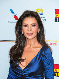 cathrine zeta catherine zeta jones style fashion u0026 looks stylebistro
