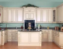 painting kitchen cabinets cream cream painted kitchen cabinets countyrmp