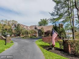 maryland wow houses natural cottage bay bridge views 4 level 1 67m buys glebe bay waterfront with pier in edgewater there is an open layout inside and a waterfront deck with hot tub outside