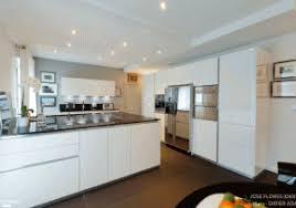 amenagement salon cuisine 30m2 cuisine ouverte salon 30m2 meuble separation salon salle a manger
