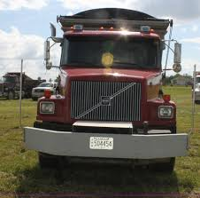 2014 volvo semi 2001 volvo wg super stone slinger semi truck item i7395