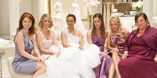 essayage robe de mari e choisir sa robe de mariée les 10 erreurs à éviter cosmopolitan fr