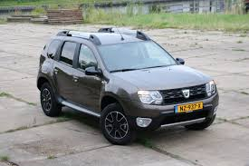 renault duster 2017 black autotest u2013 dacia duster dci 110 edc 4x2 blackshadow autorai nl