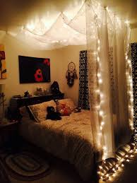 Rustic Themed Bedroom - bedroom small rustic teenage as wells as white canopy bed