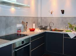 changer plan de travail cuisine carrelé un plan de travail et une crédence en grès cérame