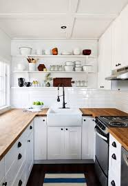 40 beautiful small yet airy scandinavian kitchen design
