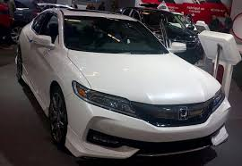 why honda cars are the best feature 2017 honda accord fuel efficient comfortable and