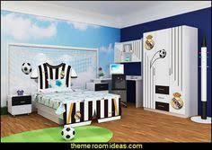 Youth Football Bedroom Liverpool Room Akcursos Pinterest Arsenal Game Rooms And Room