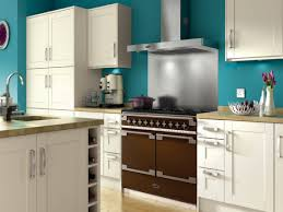 wickes kitchen design tiverton a medium sized classic kitchen
