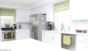 christmas decorating ideas for kitchen 10 easy christmas decorating ideas in the kitchen bathroom green