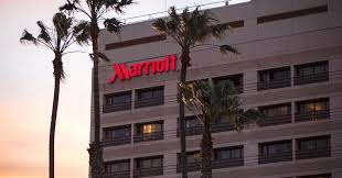 marriott buys starwood becoming world u0027s largest hotel chain