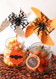5 easy halloween crafts to make with your kids