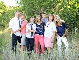 family picture color ideas family picture clothes by color pink capturing joy with kristen duke