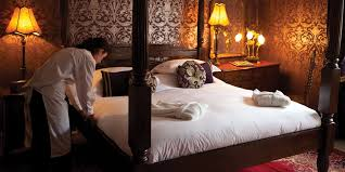 late availability hotel accommodation weekend breaks special