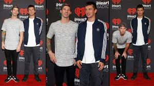 picture height twenty one pilots finally reveal how tall they really are popbuzz
