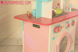 vertbaudet cuisine bois brigade vertbaudet 13 la cuisine en bois imaginarium ju2framboise