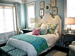 Black And White Bedroom Wall Decor What Colour Goes With Teal Walls Black White And Bedroom Dark