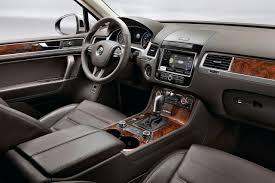 volkswagen touareg interior 2015 volkswagen touareg review and photos
