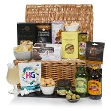 Birthday Gift Baskets For Men Buy Birthday Hampers For Him Luxury Birthday Gift Baskets For