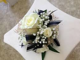 Black And White Corsage Black And Gold Wrist Corsage Google Search Flower Pinterest