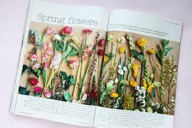 wedding flowers and accessories magazine wedding flowers magazine the wedding specialiststhe wedding