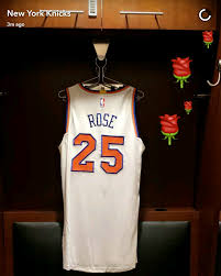 Derrick Rose Jersey Meme - derrick rose elects to wear 25 as a knick rebrn com