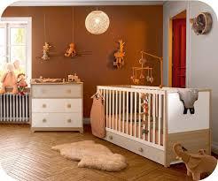 mini chambre bébé éol blanche et bois