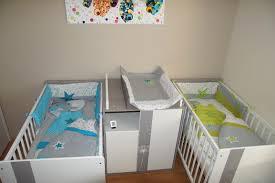 chambre jumeaux bébé idee chambre bebe jumeaux