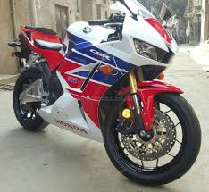 cbr 600cc bike price used honda cbr 600rr 2013 bike for sale in lahore 173113 pakwheels