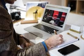 Office Desk Gift Ideas Stylish Gift Ideas For Your Office Desk He Spoke Style