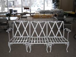 vintage wrought iron patio table and chairs gccourt house