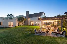 How To Build A Basketball Court In Backyard Elie Tahari U0027s Hamptons Retreat Hits Market For 45m Streeteasy