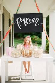 Host An End Of Summer Party Fashionable Hostess by Tips To Host The Perfect Backyard Labor Day Party Instyle Com
