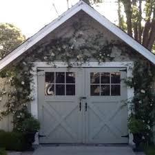 Garages That Look Like Barns Best 25 Carriage Garage Doors Ideas On Pinterest Garage Doors