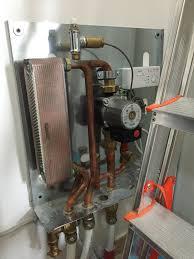 caldaia a pellet per riscaldamento a pavimento impianto con termostufa a pellet con riscaldamento a pavimento