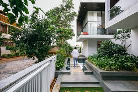 home courtyard the courtyard house near bangalore by abin design studio