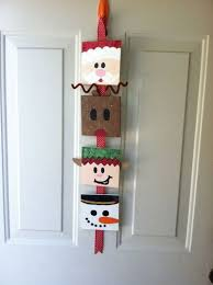 christmas door decoration christmas xmas ideas juxtapost