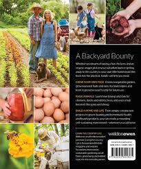 modern homesteading living country life 9781681882338